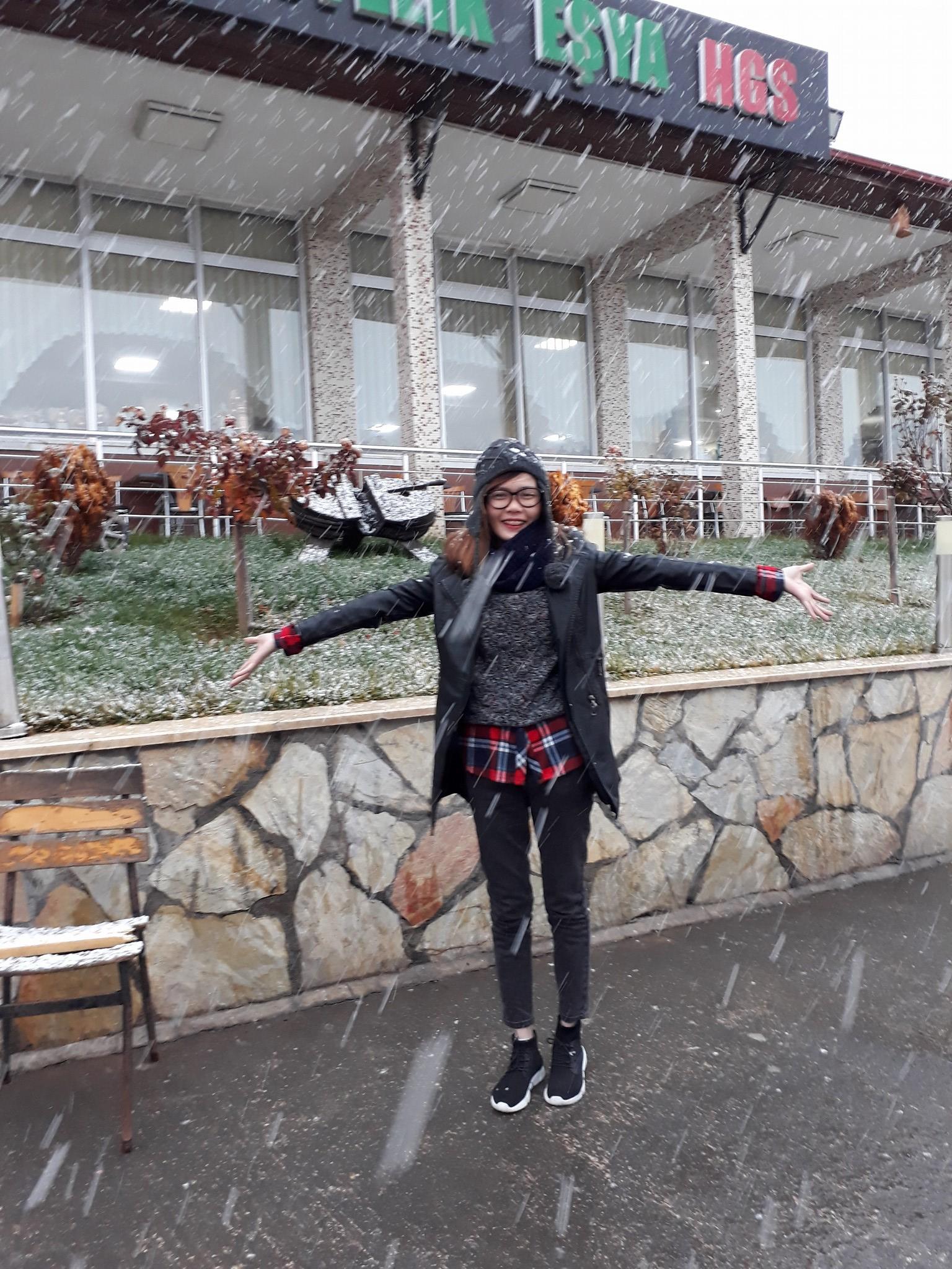 Tuyết đầu mùa