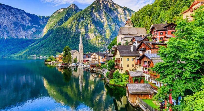 Vẻ đẹp của ngôi làng cổ tích Hallstatt