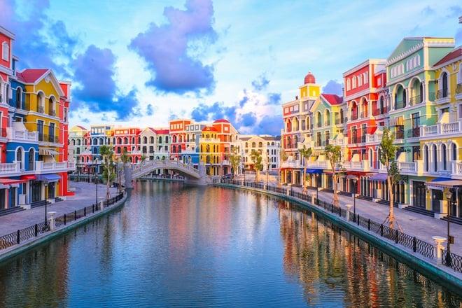 Kênh đào Venice và khu Indochine