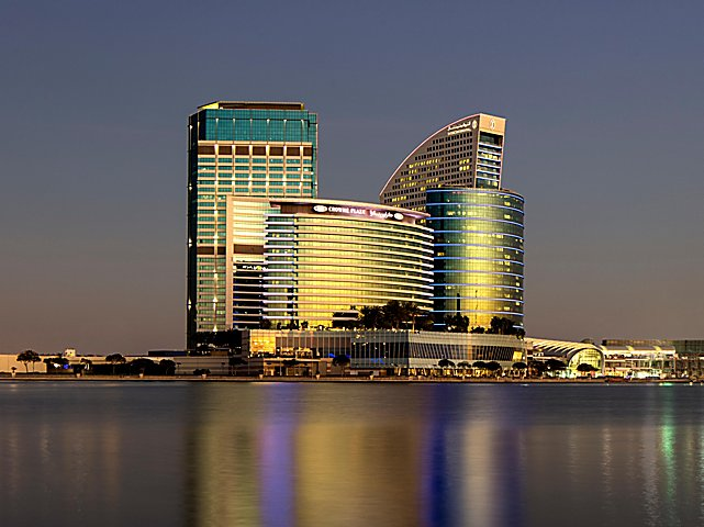 Khách sạn ở Dubai của đội tuyển Việt Nam