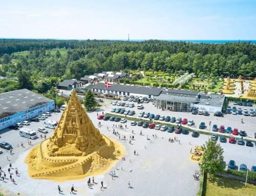 Lâu đài cát lớn nhất thế giới 2021.